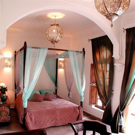 Moroccan Bedroom Design Ideas Interiorholiccom