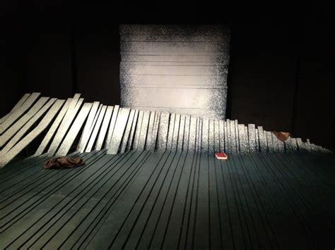 Image Result For Minimalist Theatre Set Design