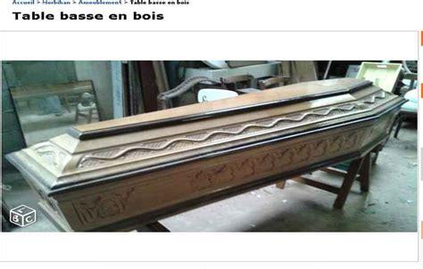 un cercueil en bois sculpt 233 vendu par un vannetais comme table basse sur le site 171 le bon coin