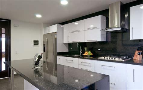 cocina contemporanea gris blanco kitchen kitchen