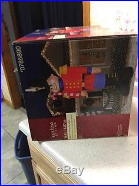 christmas airblown inflatable  ft toy soldier nutcracker