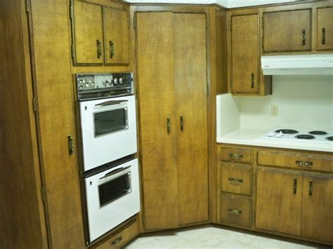 best way to refinish cabinets best way to refinish kitchen cabinets home interior