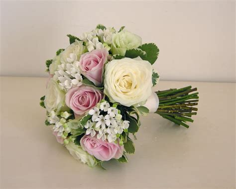 Wedding Flowers Blog Nikkis Classic Green White And