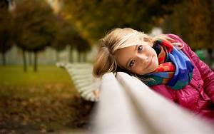 Little girl, Bench, Look, Park wallpapers and images ...
