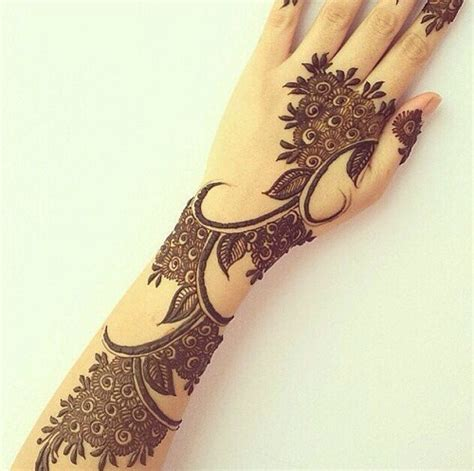 henna design book 9 mehndi design books with images styles at