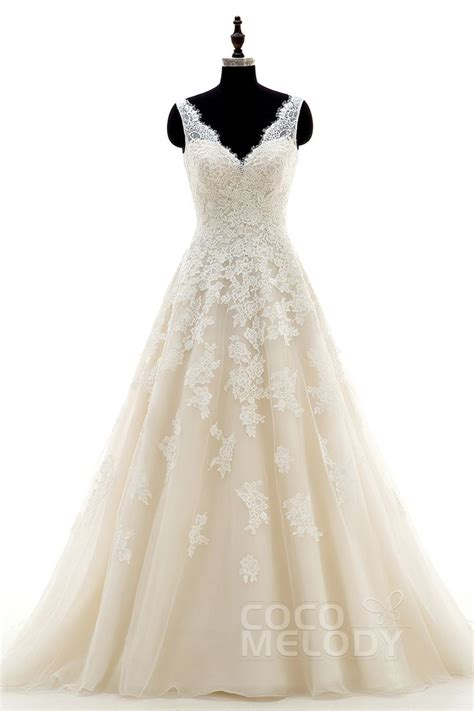 1000 ideas about chagne wedding dresses on