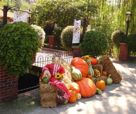 harvest decorations smoky mountains harvest festival kicks off in gatlinburg tennessee