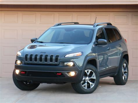 jeep cherokee green 2015 test drive 2015 jeep cherokee trailhawk the daily drive