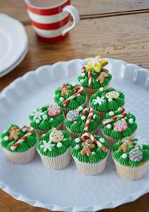 How to Make Christmas Tree Cupcakes - Hobbycraft Blog
