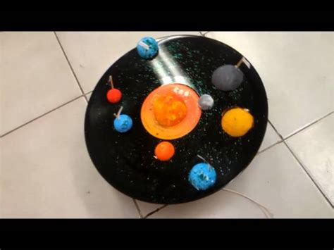 sistema solar con material reciclable apexwallpapers