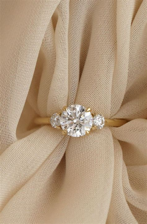 vow vrai oro wedding the 3 engagement ring in 18k