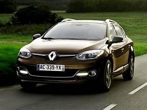 Renault Megane Haifischantenne : renault megane estate 2014 2015 2016 autoevolution ~ Jslefanu.com Haus und Dekorationen