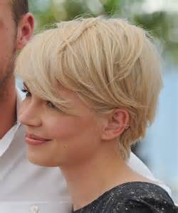 Michelle Williams Growing Out Hair Images &amp Pictures - Becuo