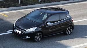 Consommation Peugeot 208 : dtails des moteurs peugeot 208 2012 consommation et avis 1 2 puretech 110 ch 1 6 thp 155 ch ~ Maxctalentgroup.com Avis de Voitures