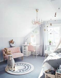 1001 conseils et idees pour une chambre en rose et gris With tapis chambre enfant avec canapé retro scandinave