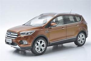 Ford Kuga Neues Modell 2017 : 1 18 diecast model for ford kuga escape 2017 brown suv ~ Kayakingforconservation.com Haus und Dekorationen