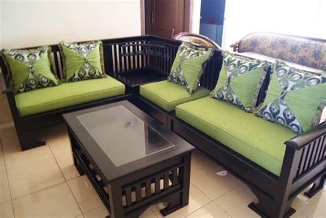model kursi kayu minimalis  ruang tamu