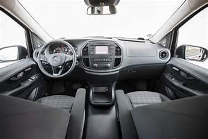 Mercedes Vito Interieur : mercedes vito van review pictures auto express ~ Maxctalentgroup.com Avis de Voitures