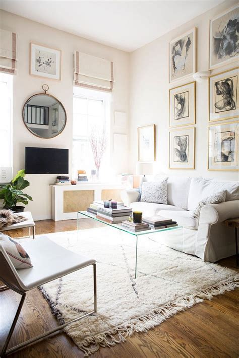 decorating your apartment for christmas in nyc 25 best ideas about city apartment decor on cozy apartment city mirrors and cozy