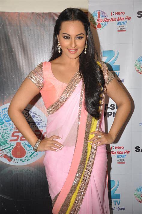 Sonakshi Sinha At Dabangg 2 Promotions On Sa Re Ga Ma Pa