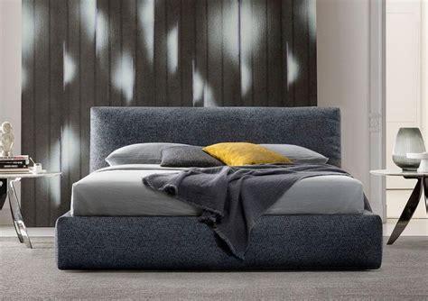 testiera imbottita letto i mille vantaggi di un letto a testata imbottita morbida