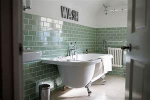 Fliesen Streichen Bad : fliesen im bad streichen worauf zu achten ~ Sanjose-hotels-ca.com Haus und Dekorationen