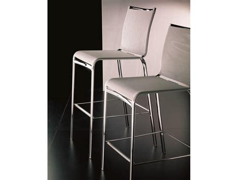 chaise de bar 4 pieds chaise de bar en texplast avec repose pieds collection
