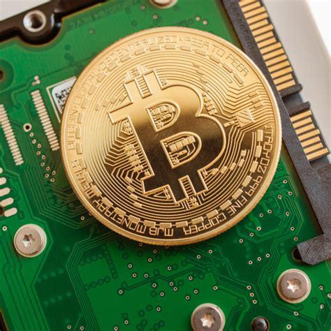 """.trụ sở tại trung quốc, dự đoán rằng giá bitcoin (btc) có thể chạm mốc 5 triệu nhân dân tệ trung quốc (738.000 một số công ty khai thác tại trung quốc đã bắt đầu bán phần cứng tính theo cân. Thợ đào Trung Quốc ồ ạt bán linh kiện khai thác Bitcoin, lo sợ bị """"đàn áp""""   Thị trường coins ..."""