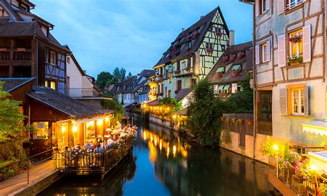 diez pueblos preciosos de francia  visitar este verano