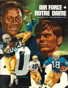 49+ Notre Dame Falcons Football  Pictures