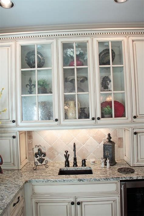 seedy glass for kitchen cabinets seeded glass for cabinets kitchen renovation on a budget 7881