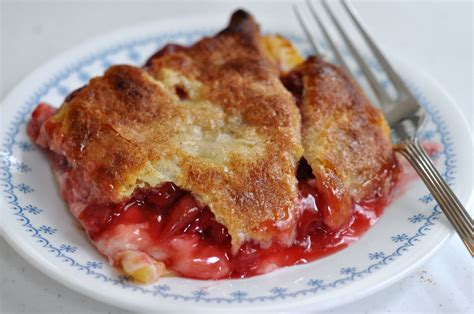 cherry cobbler may 17 national cherry cobbler day foodimentary national food holidays