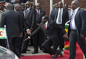 Robert Mugabe orders Internet to delete images of him ...