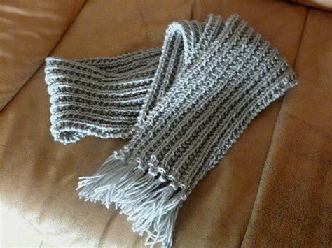 comment faire un pouf en tricot comment tricoter un foulard pour homme