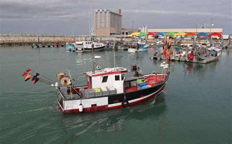 port de commerce la rochelle la rochelle la cci d 233 barqu 233 e du port de p 234 che sud ouest fr