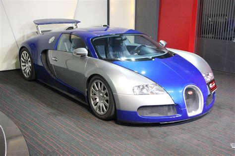 Bugatti Veyron Blue by Blue And Silver Bugatti Veyron For Sale Gtspirit
