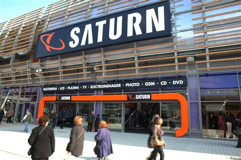 saturn ouvre le plus grand magasin d 233 lectrodomestique en