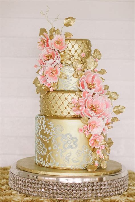 gold wedding cake 30 gold wedding cake ideas that sweeten your big day deer pearl flowers