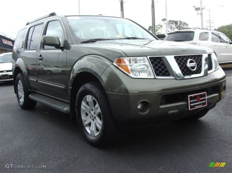 2005 Nissan Pathfinder Le by 2005 Canteen Green Metallic Nissan Pathfinder Le 4x4