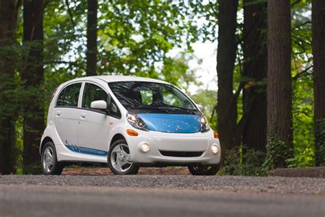 Top 10 Fuel Efficient Cars top 10 most fuel efficient cars of 2012 187 autoguide news
