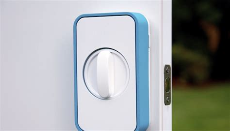 iphone door lock lockitron lets you lock and unlock your door with your iphone