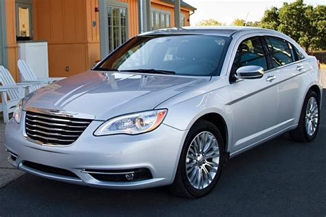 standard chrysler 200 used 2014 chrysler 200 for sale pricing features edmunds