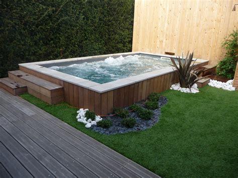 amenager une terrasse en bois amenagement piscine 16 am 233 nager jardin ext 233 rieur faire une terrasse en bois 10146