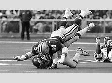 1 Randy White, DT 197588 10 Toughest Cowboys Gallery