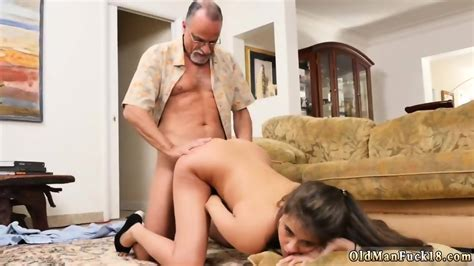 Amateur Sex Kitchen Blonde And California Teen Chill Out