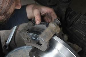 Changer Les Plaquettes : changer les plaquettes et disques de freins d 39 un renault master poimobile ~ Maxctalentgroup.com Avis de Voitures