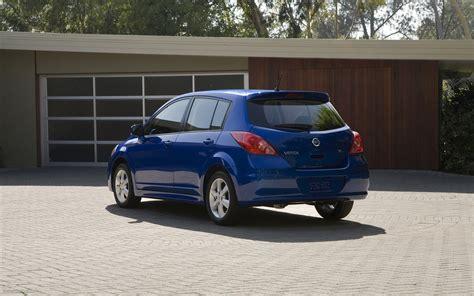 Nissan Versa Hatchback by Nissan Versa Hatchback 2012 Widescreen Car