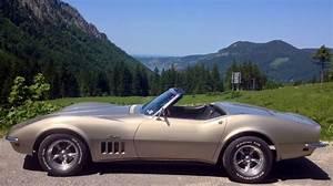 Corvette C3 Stingray : picture gallery 1 1968 c3 corvette corvette collectors ~ Medecine-chirurgie-esthetiques.com Avis de Voitures