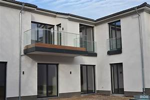 glas With französischer balkon mit sonnenschirm quadratisch 4x4