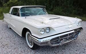 1960 Ford Thunderbird #fordvintagecars | Ford thunderbird, Ford classic cars, Classic cars